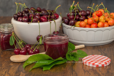 cherry jamの写真素材 [FYI00753011]