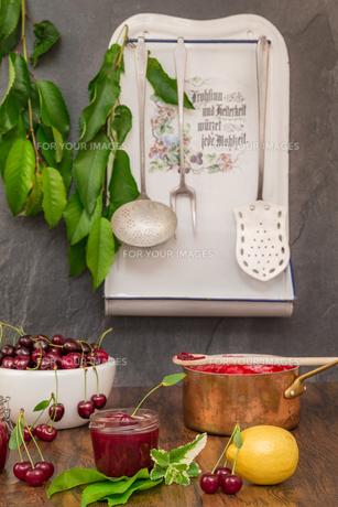 cherry jamの写真素材 [FYI00753033]