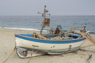 fishing boatの素材 [FYI00753159]