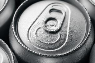 Wet aluminium canの写真素材 [FYI00754797]