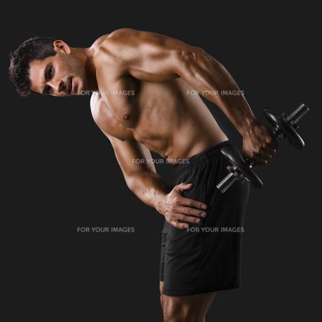 Man practicing body combatの写真素材 [FYI00755289]