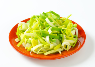Fresh chopped leekの写真素材 [FYI00755981]