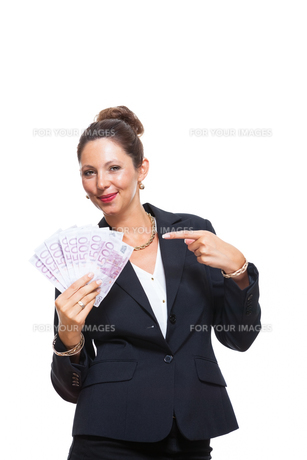 young successful business woman with 500 euro notesの素材 [FYI00756582]