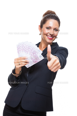 young successful business woman with 500 euro notesの素材 [FYI00756587]