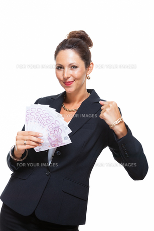 young successful businesswoman with 500 euro notesの写真素材 [FYI00756589]
