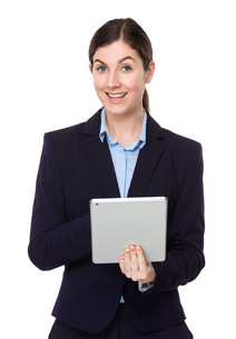 Caucasian businesswoman use of the tablet pcの写真素材 [FYI00756702]