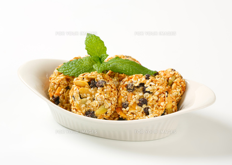 Sesame raisin cookiesの写真素材 [FYI00756829]
