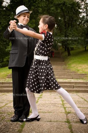 Let's dance!の写真素材 [FYI00756987]