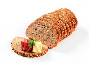 Bread with butter and salamiの写真素材 [FYI00757759]