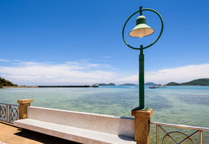 Lamp at sea viewpoint in Panwa Cape, Phuket, Thailandの写真素材 [FYI00758176]