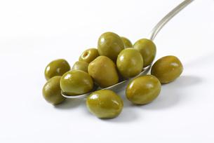 Spanish green olivesの素材 [FYI00758599]
