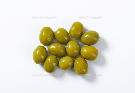 Spanish green olivesの素材 [FYI00758606]