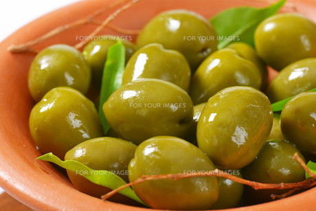 Fresh Green Olivesの素材 [FYI00758623]