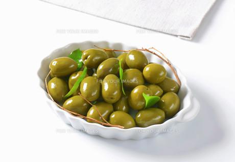 Fresh Green Olivesの素材 [FYI00758644]