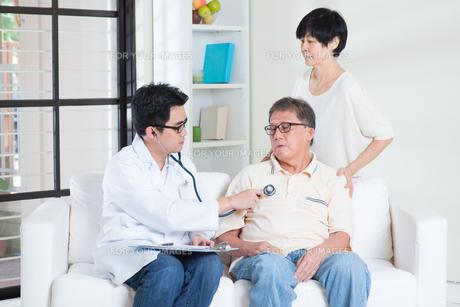 Senior people healthcare conceptの写真素材 [FYI00759019]