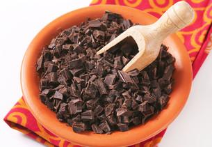 Chopped chocolateの写真素材 [FYI00759277]
