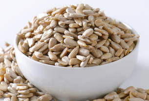 Raw sunflower seedsの写真素材 [FYI00759453]