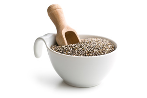 chia seeds in bowlの写真素材 [FYI00759572]