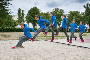 long jump sequence_2の素材 [FYI00759836]