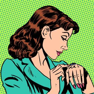girl Thursday watch runs businesswomanの写真素材 [FYI00759885]