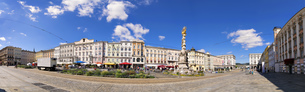 Panorama main square Linzの写真素材 [FYI00759994]