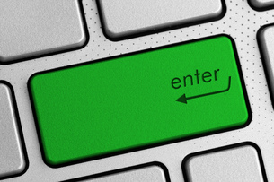 secure internet concept - green enter keyboard buttonの写真素材 [FYI00760228]