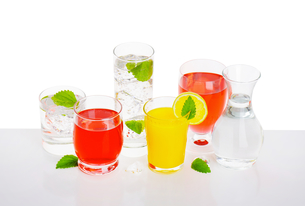 Variety of cold drinksの写真素材 [FYI00760881]