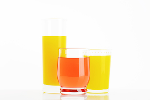 Glasses of fruit juice drinksの写真素材 [FYI00760886]