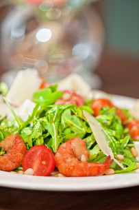 shrimp vegetable saladの写真素材 [FYI00760922]