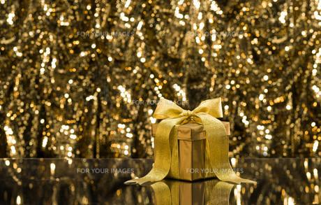 Gold presentの素材 [FYI00761104]