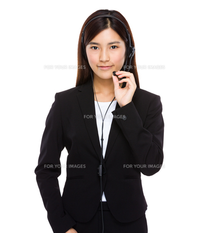 Customer services operator hold with microphoneの写真素材 [FYI00763501]