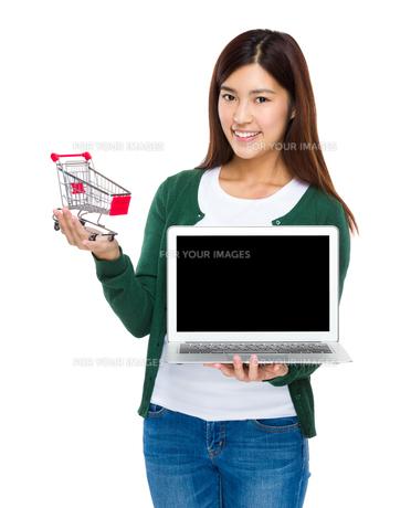 Online shopping conceptの写真素材 [FYI00763528]