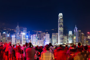 Group of tourist in Hong Kongの素材 [FYI00763712]