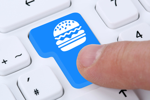 hamburger cheeseburger eat fast food order online and provide delivery service on the internetの写真素材 [FYI00763918]