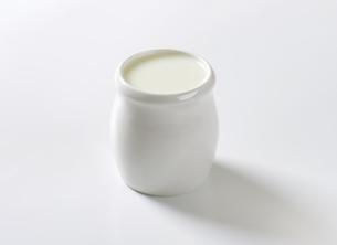 Cup of fresh milkの素材 [FYI00764357]