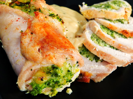 Stuffed chicken rolls,Stuffed chicken rollsの素材 [FYI00764489]
