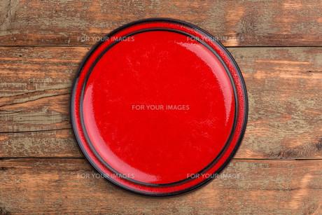 Round ceramic plateの写真素材 [FYI00764583]