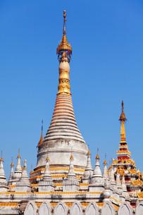 Kuthodaw Pagoda, Myanmar,Kuthodaw Pagoda, Myanmarの写真素材 [FYI00764889]