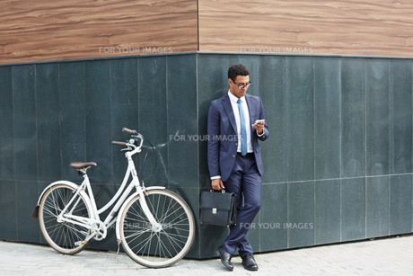 Agent at workの写真素材 [FYI00765131]
