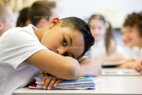 Sruggling At Schoolの写真素材 [FYI00765493]