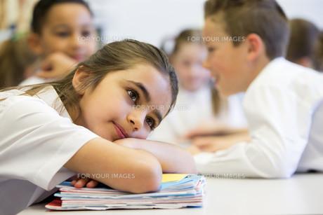 Sruggling At Schoolの写真素材 [FYI00765500]
