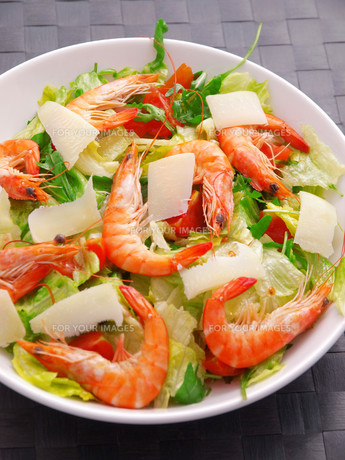 Salad with shrimps and parmesan cheese,Salad with shrimps and parmesan cheese,Salad with shrimps and parmesan cheese,Salad with shrimps and parmesan cheese,Salad with shrimps and parmesan cheese,Salad with shrimps and parmesan cheese,Salad with shrimps anの素材 [FYI00765769]