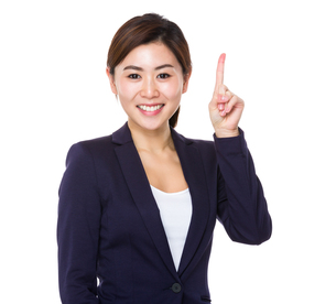 Asian businesswoman showing finger point upの素材 [FYI00766010]
