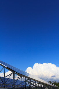 ソーラーパネルの写真素材 [FYI00767156]