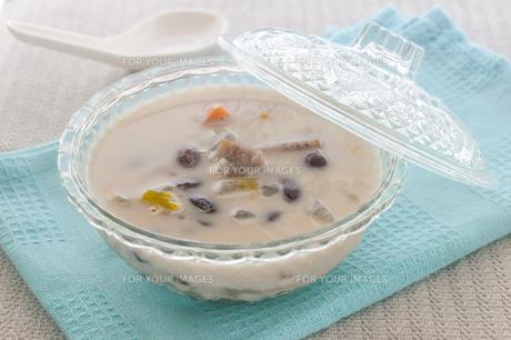 Dessert With Coconut Milk, Traditional Dessertの写真素材 [FYI00767712]