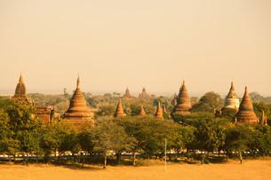 Ancient pagodas in Bagan, Myanmar,Ancient pagodas in Bagan, Myanmarの写真素材 [FYI00768432]