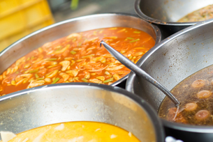 Thai food in market soft lightの写真素材 [FYI00768910]