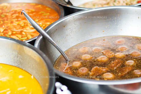 Thai food in market soft lightの写真素材 [FYI00768914]