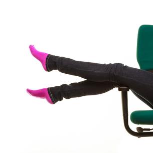 legs in warm sock,girl relaxing on wheel chairの写真素材 [FYI00769953]