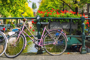 Bicycle in Amsterdamの素材 [FYI00770059]